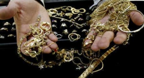 """Blitz della Guardia di Finanza nei """"compro oro"""": sequestrati 165 milioni"""